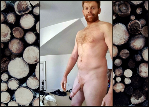 Nude Male Selfies: Horny Ginger Daddy Dave